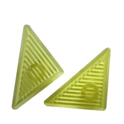 Triangle Grid, 2 utstickare