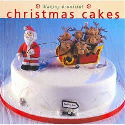Making beautiful Christmas Cakes