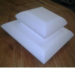 Kudde, höjd 7,5 cm (20 X 20 cm)