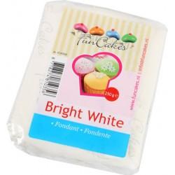 Sugarpaste m vaniljsmak, vit  250g (Fun Cakes)