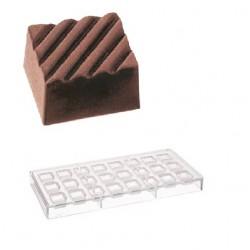 Striped square, pralinform (hård plast)