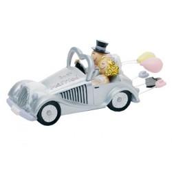 Brudpar, Alfred och Lina åker bil