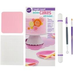 I Taught Myself® - Fondant Cakes
